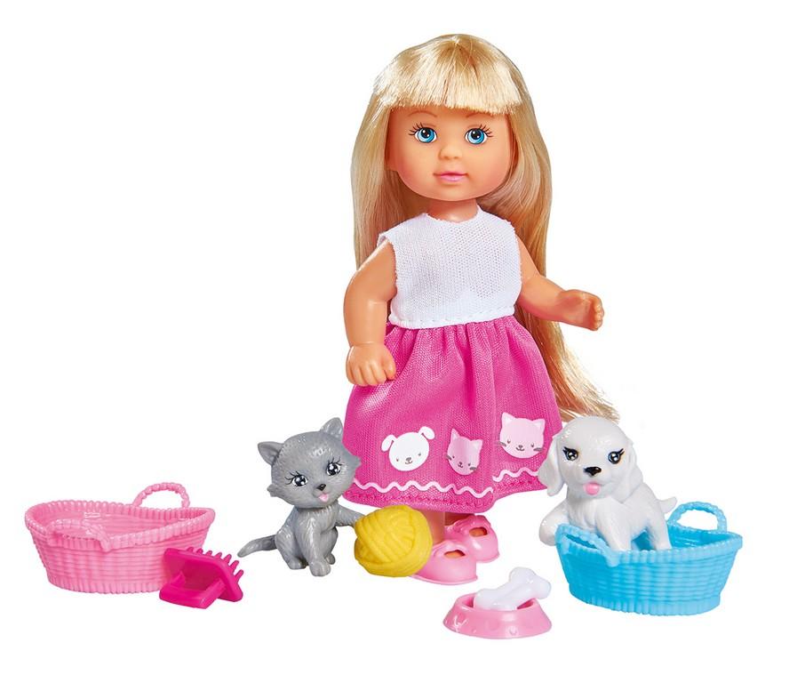 Bábika Evička s psíkom a mačičkou