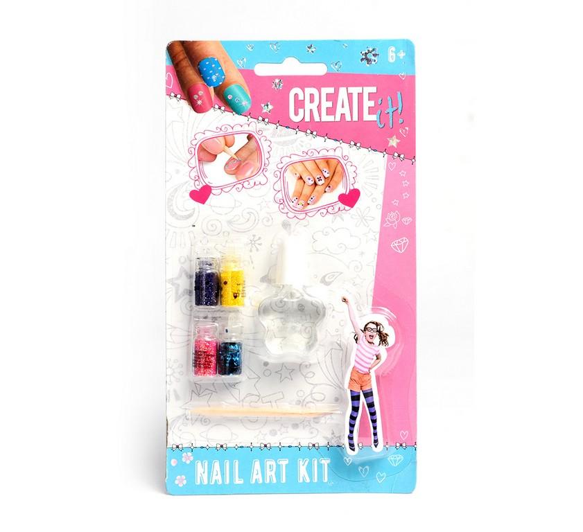 sada kreatívna na nechty