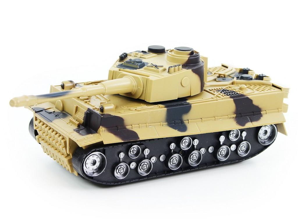 tank plastový so zvukom a svetlom
