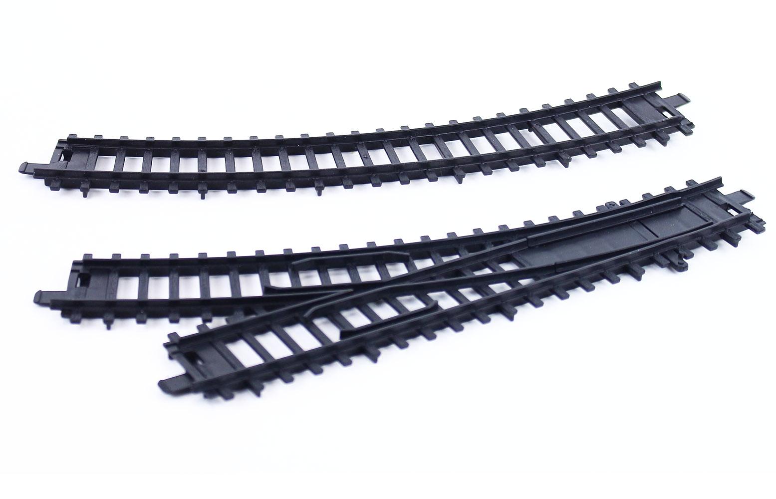 koleje a výhybky pro vlak RegioJet