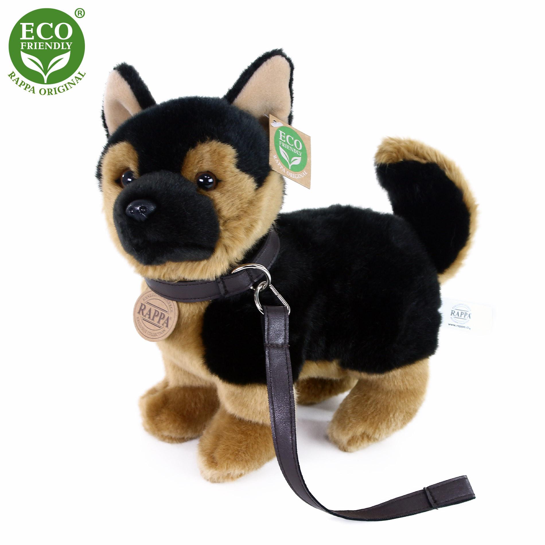 Plyšový pes německý ovčák s vodítkem  stojící 23 cm ECO-FRIENDLY